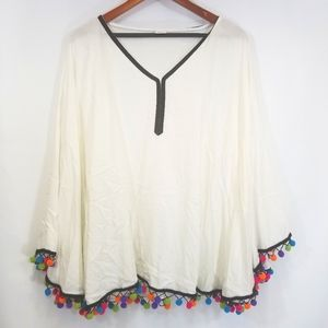 Anna & Ava butterfly one size blouse